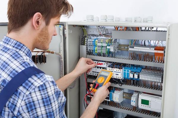 Electricien, un métier très complet