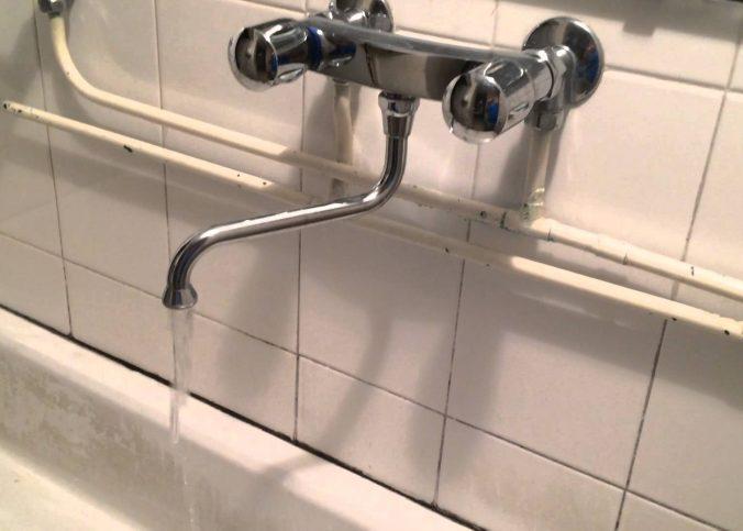 Un robinet qui fait du bruit